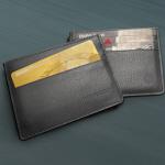 gratis Echtleder-Kartenetuis mit individueller Prägung